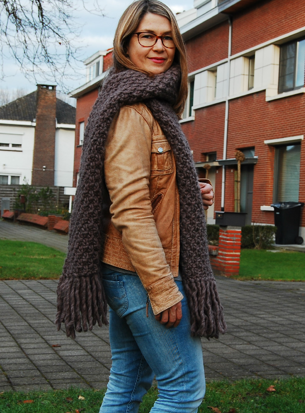 Margaux scarf free knitting pattern by Better Yarn Store