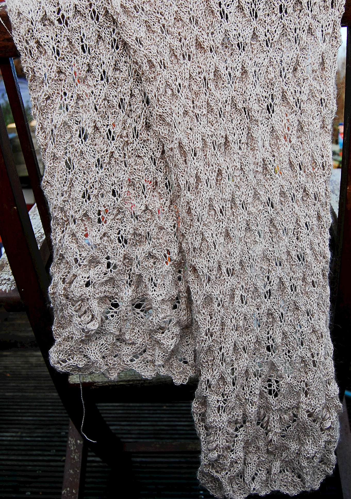Lace scarf without blocking